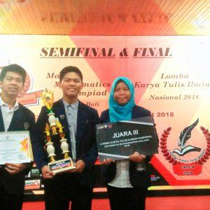 Mahasiswa Kimia FMIPA Juara 3 LKTI Nasional