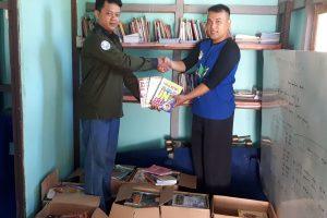 Mahasiswa Informatika Untan Salurkan Buku Untuk Daerah Perbatasan